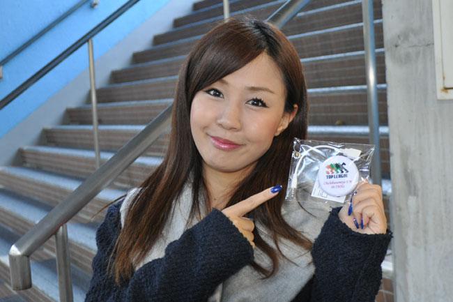 オリジナルラジオは1,000円。ラジオレンタル料は100円ですよ(レンタルはイヤホン付属ですが、販売のラジオには付きません。ご了承ください)